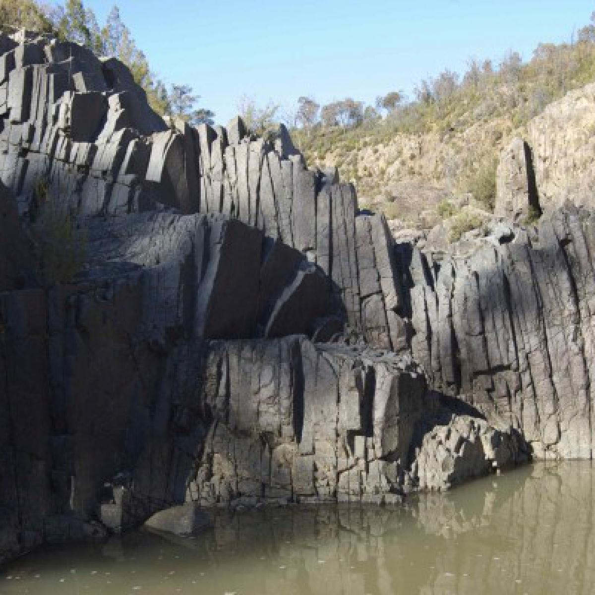 010 Basalt columns