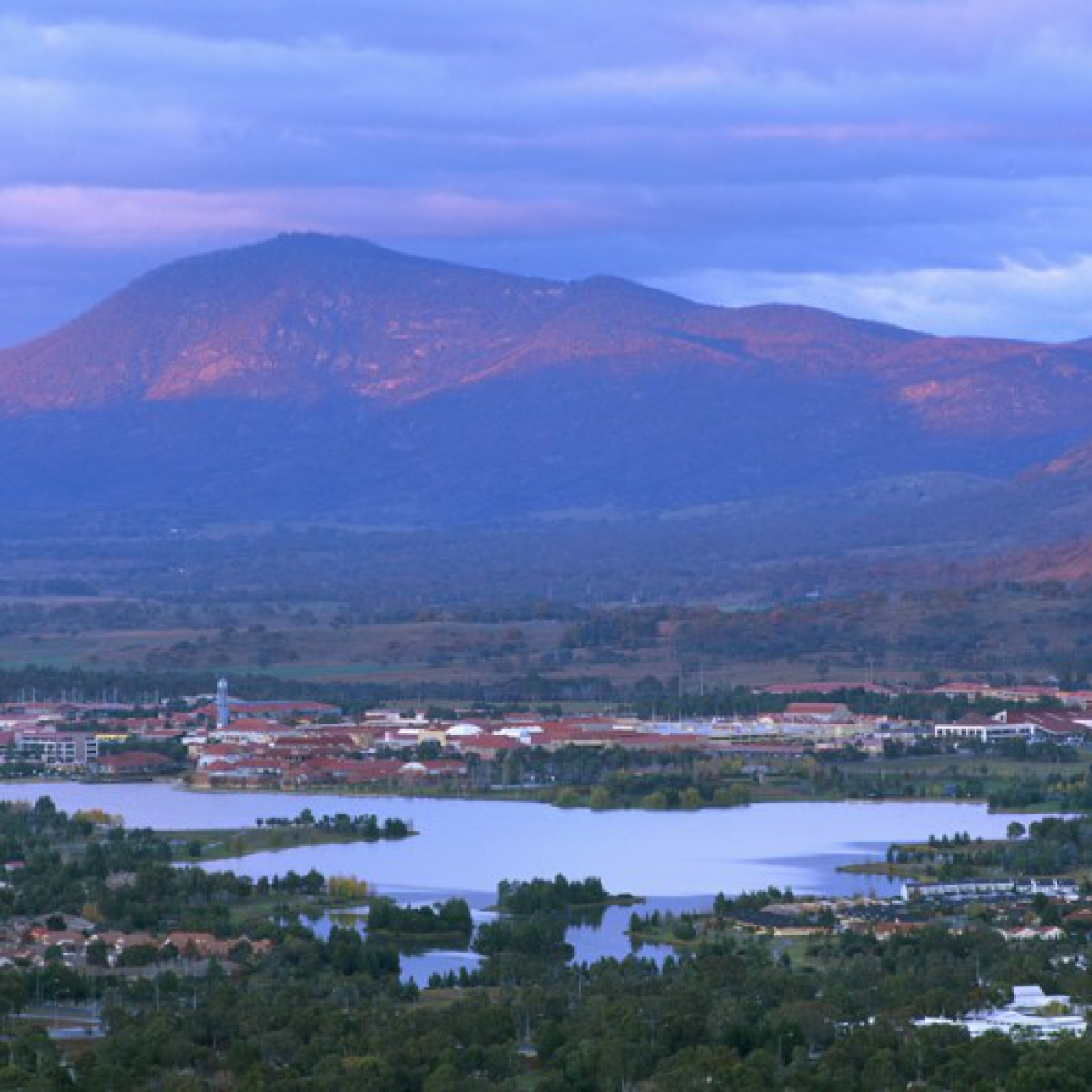 Lake Tuggeranong with Mount Tennant beyond